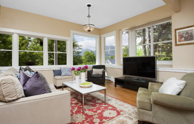 2205 Bluff | Sold | Representing the Buyer
