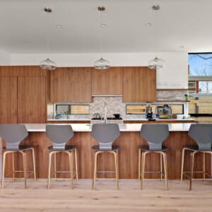 017 Kitchen 550 Iris St MLS