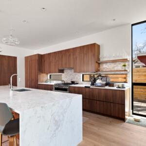 023 Kitchen 550 Iris St MLS