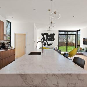024 Kitchen 550 Iris St MLS