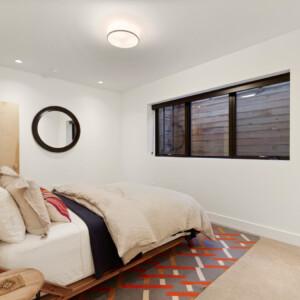 052 Lower Bed 550 Iris St MLS